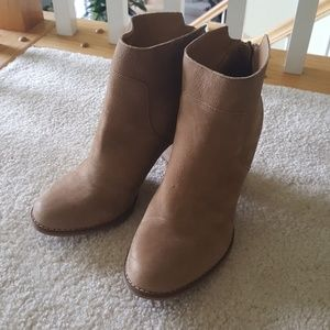 """NBW Tan Leather 3.5"""" Booties"""